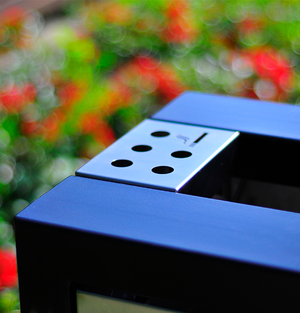 litter_bin_with_ashtrays